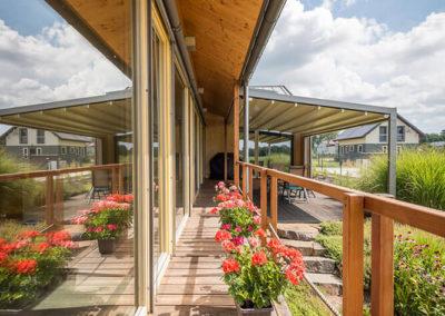 Otevřené venkovní stínění u dřevostavby - rodinný dům u Ostravy